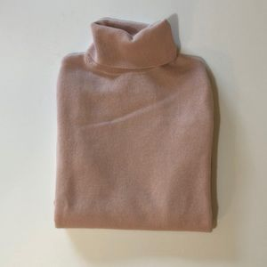 Neiman Marcus The Cashmere Collection Turtleneck